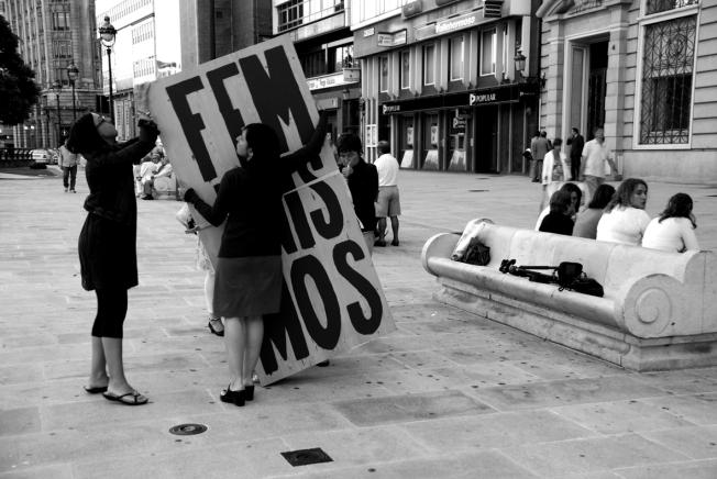 Recollendo o contedor na Coruña
